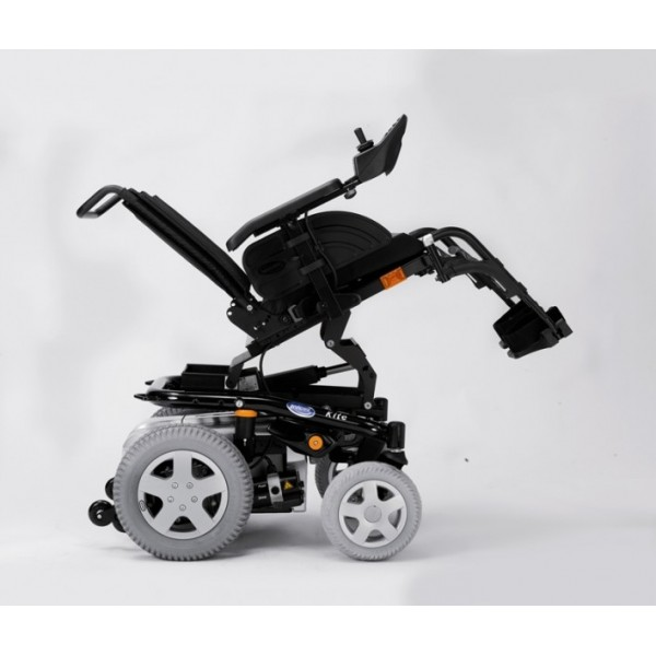 Кресло-коляска  Invacare Kite c электроприводом